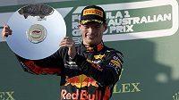Max Verstappen s cenou za třetí místo v Grand Prix Austrálie v Melbourne.