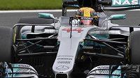Pilot Mercedesu Lewis Hamilton během kvalifikace na Velkou cenu Belgie.