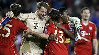 Fotbalisté mnichovského Bayernu se radují z postupu do finále Ligy mistrů.