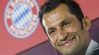 Hasan Salihamidžič se vrací do Bayernu Mnichov.