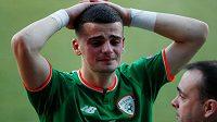 Nešťastný irský reprezentační brankář James Corcoran po červené kartě, kterou mu udělil na ME hráčů do 17 let český sudí Zbyněk Proske.