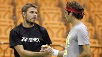 Jsme tým. Stanislas Wawrinka (vlevo) a Roger Federer při tréninku na duel Davisova poháru proti Srbsku.