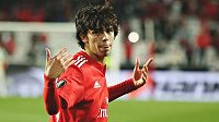 Devatenáctiletý portugalský talent Joao Félix se stane nejdražší akvizicí v historii Atlética Madrid.