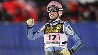 Rakouský skokan na lyžích Lukas Müller na snímku z Turné čtyř můstků v Oberstdorfu.