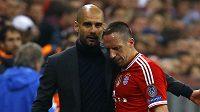 Kouč Josep Guardiola a Franck Ribéry.