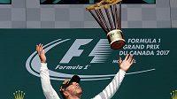 Radost vítěze, Lewis Hamilton kraloval při Velké ceně Kanady.