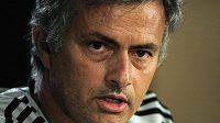 José Mourinho, kouč fotbalistů Realu Madrid.