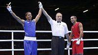 Výroky rozhodčích při olympijských duelech v boxu budí v Londýně rozpaky.