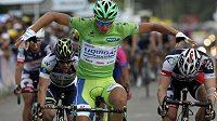 Slovenský cyklista Peter Sagan jede slavnou Tour de France poprvé, přesto slavil v pátek už třetí etapový triumf