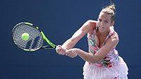 Kristýna Plíškova při utkání prvního kola US Open s Japonkou Misou Egučiovou.