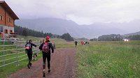 První čtyři kilometry jsou v podstatě po rovince. Dále už pouze do kopce.