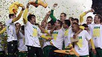 Australští fotbalisté slaví postup na MS 2014.