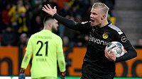 Hvězda BVB burcuje fanoušky. Devatenáctiletý norský útočník Erling Haaland v soutěžní premiéře za Dortmund třikrát překonal brankáře Tomáše Koubka.