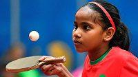 Desetiletá Fatima Džima Aliová z Malediv na MS v Halmstadu.