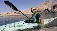 Vodní slalomář Vavřinec Hradilek na kanále v Al Ainu ve Spojených arabských emirátech.