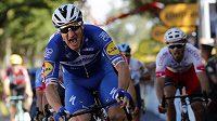 Elia Viviani vyhrál čtvrtou etapu Tour de France.