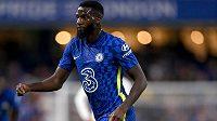 Záložník Tiémoué Bakayoko se vrací z Chelsea na hostování do AC Milán.