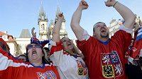 Fanoušci na Staroměstském náměstí v Praze při sledování duelu o bronz s Finy měli důvod k oslavám