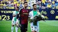 Fotbalisté Extremadury vyhráli nad Cádizem 1:0 díky gólu z poloviny hřiště. Před zápasem uctili památku bývalého spoluhráče, Josého Antonia Reyese.