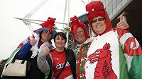 My jsme draci! Fanoušci Walesu v Cardiffu.