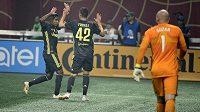 Brankář výběru hvězd MLS Brad Guzan (1) právě kapituloval v přípravném duelu s Juventusem.