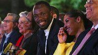 Olympijský vítěz a světový rekordman Usain Bolt při slavnostním ceremoniálu v Kingstonu.