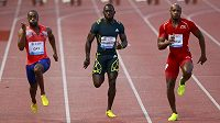 Sprinteři Tyson Gay z USA (zleva), Jamajčan Nickel Ashmeade a jeho krajan Asafa Powell.