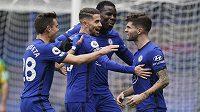 Fotbalista Chelsea Christian Pulisic slaví gól během utkání Premier League.