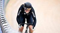 Novozélandská dráhová cyklistka Olivia Podmoreová na archivním snímku z mistrovství světa 2019 v Brisbane.