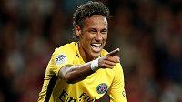 Brazilec Neymar si po přestupu do PSG užívá, odchodu z Barcelony nelituje.