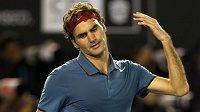 Nespokojený Roger Federer po prohrané výměně s Rafaelem Nadalem v semifinále Australian Open.