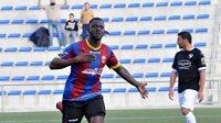Fotbalista Cheikh Saad z týmu Eldense se po utkání s Barcelonou B svěřil médiím, jak to bylo s porážkou 0:12.