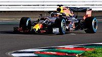 Nový monopost Red Bullu se už proháněl po trati.
