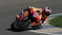 Casey Stoner možná přijde o nedělní Velkou cenu Indianapolis MotoGP.