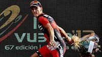 Španělský cyklista Joaquim Rodríguez je na pódiu během letošní Vuelty jako doma