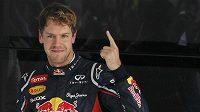 Vettel vyrazí do Velké ceny Indie z pole position.