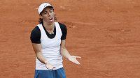 Francesca Schiavoneová během prvního kola French Open. ne, tohle opravdu nebyl její poslední zápas.