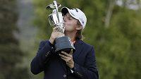 Argentinský golfista Emiliano Grillo vyhrál úvodní turnaj nového ročníku americké série PGA Tour.