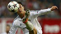 Útočník Realu Cristiano Ronaldo vstoupil díky dvěma gólům proti Bayernu do historie.