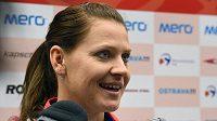 Lucie Šafářová ostartuje semifinálovou bitvu Fed Cupu proti Francii.
