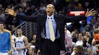 """Kouče basketbalistů New Orleans rozčílila přílišná """"starostlivost"""" NBA ohledně stavu hráče Anthonyho Davise"""