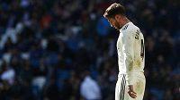 Sergio Ramos z Realu na snímku po vyloučení v utkání s Gironou.