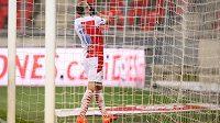 Jan Kuchta ze Slavie Praha oslavuje gól na 2:1 během utkání 15. kola Fortuna ligy.
