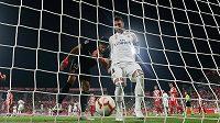Sergio Ramos proměnil penaltu a Real Madrid srovnal skóre s Gironou na 1:1.