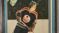 Wayna Gretzky na slavné kartičce, která se vydražila za 11,5 miliónu korun.