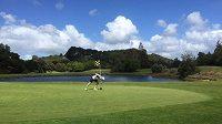 Brad Luiten má rád běh mezi golfovými jamkami.