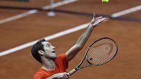 Francouz Richard Gasquet trénuje během finálového víkendu letošního Davis Cupu na domácí půdě v Lille.