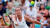 Barbora Strýcová bojuje o osmifinále Wimbledonu.