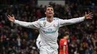 Cristiano Ronaldo dal tři góly a na jeden přihrál. Byl největší hvězdou Realu Madrid.
