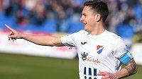 Kapitán Baníku Daniel Holzer se raduje ze svého gólu do sítě Teplic.